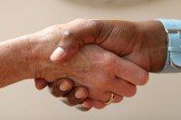uścisk dłoni klienta